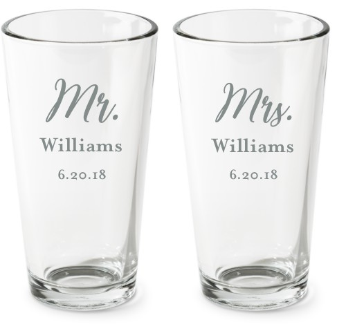 Mr And Mrs Set Pint Glass